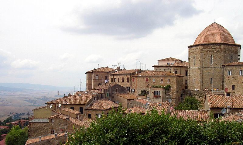 Descubierta en volterra la primera domus etrusca for Casa volterra