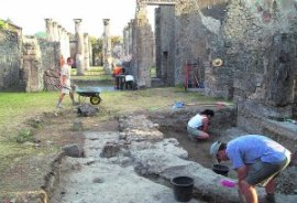 Excavación en la Casa de Ariadna, en una imagen cedida por el ayuntamiento. LP