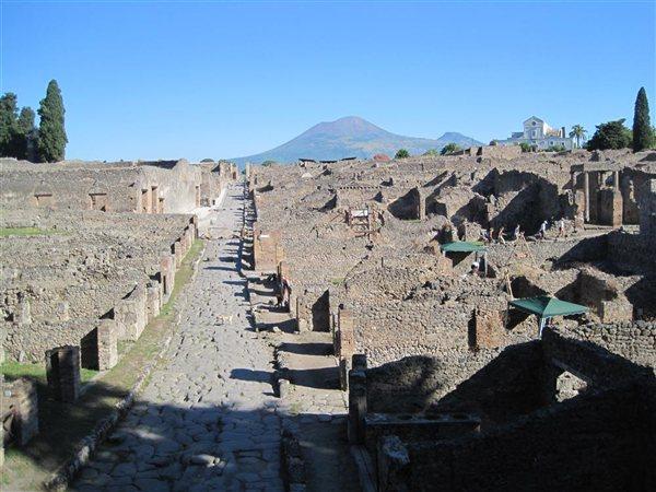 pompeya_steven-ellis