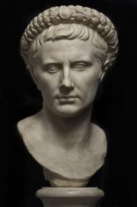 Busto-di-Augusto-con-corona-civica