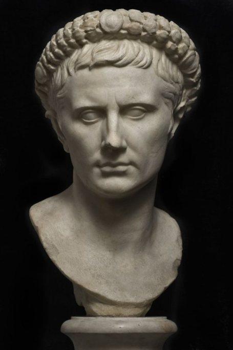 escultura-Augusto