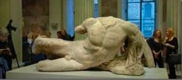 estatua_ilissos_2