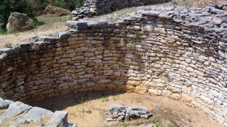 tumba-micénica-nichoria