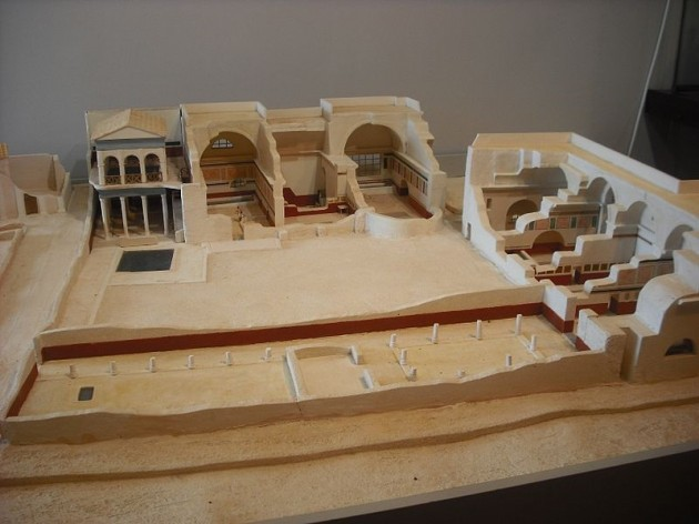 Termas romanas valencianas la t nica de neso for Piscina municipal lliria