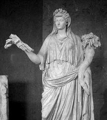 Estatua de Livia ataviada como Ceres- Louvre