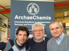 Gianni Gallello, coordinador del proyecto en Persépolis, y los profesores Miguel de la Guardia y Agustín Pastor. / UV
