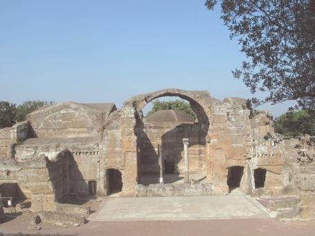hadrian-villa-baths