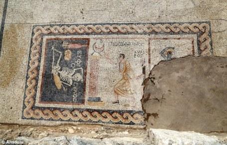 mosaico-esqueleto2