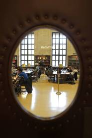 Sala de lectura Loker Reading de la Universidad de Harvard, en 2011. Jonathan Wiggs Getty