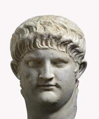 Busto de mármol de Nerón