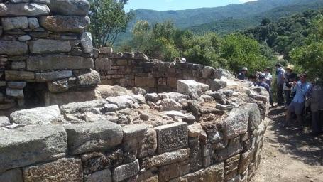 tumba-aristoteles