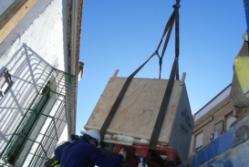 Traslado de la pieza al depósito. / Foto: Boletín Proyecto Riotinto.