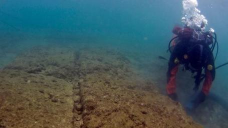 submarinista-puerto-pireo