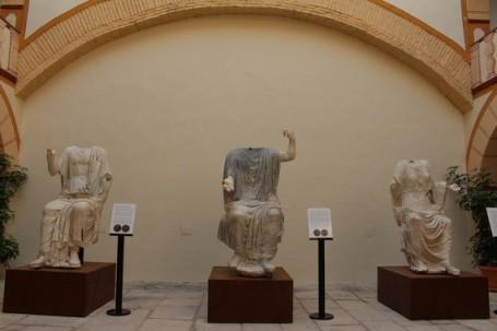 estatuas_torreparedones