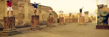 turistas_hungaros_pompeya