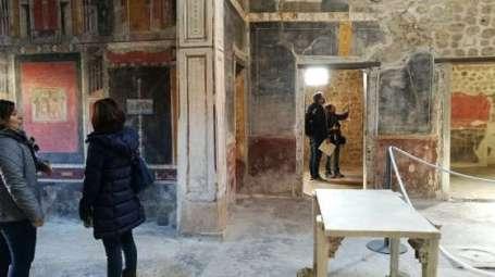 pompeya_casa_fronton