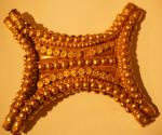 pectoral-con-rosetas-del-tesoro-de-el-carambolo